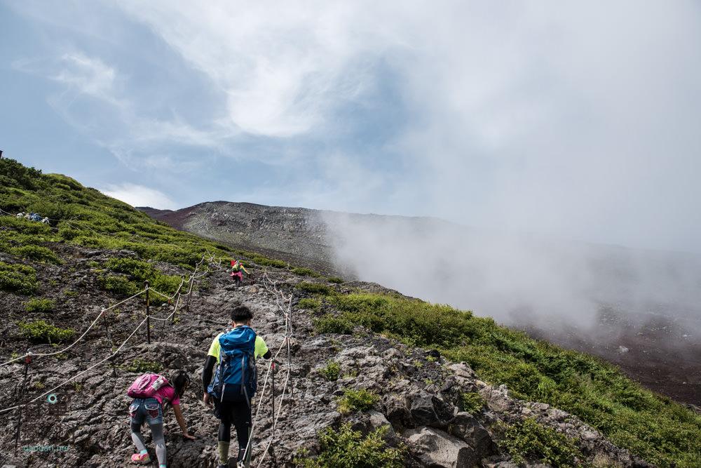 climb-MtFuji-80