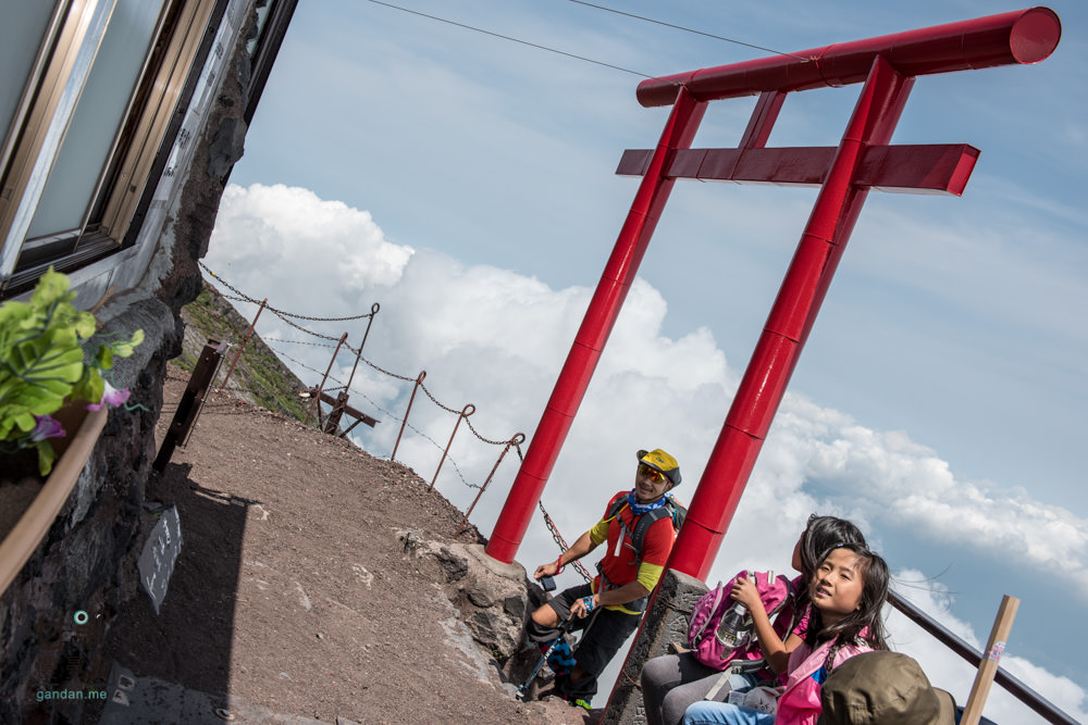 climb-MtFuji-96